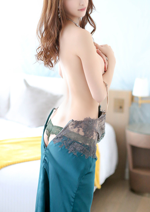 愛川 鈴イメージ